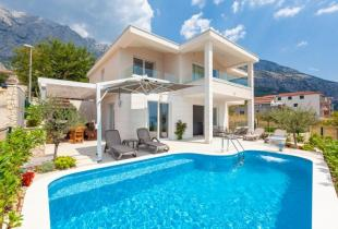 Holiday home Bougainvilla Makarska